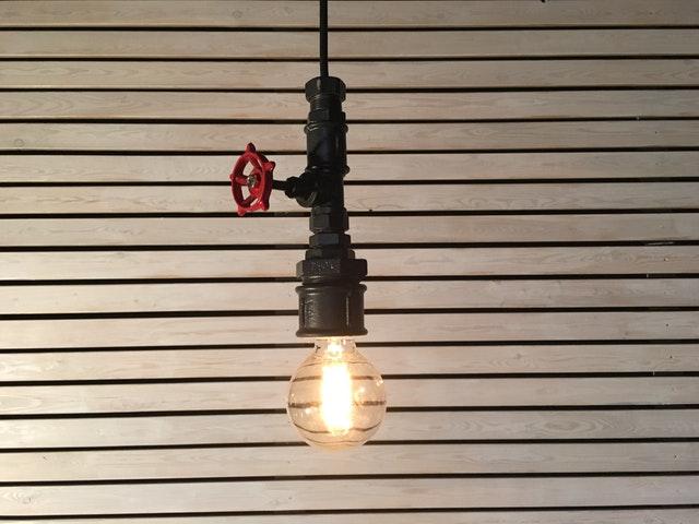 Lumină conductă industrială
