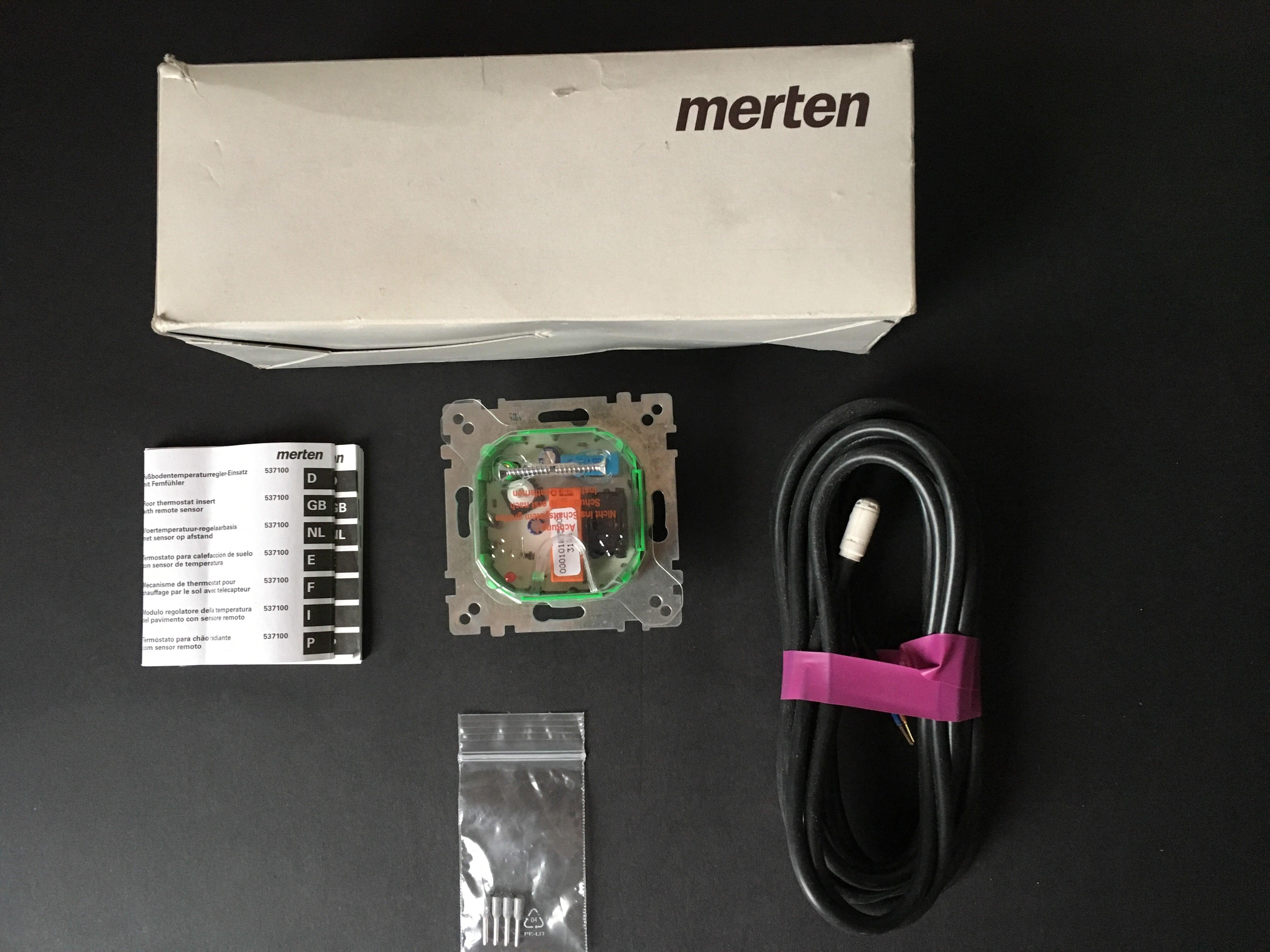Contribuția regulatorului de încălzire prin pardoseală cu comutatorul MERTEN 230V AC, 10 (4) A