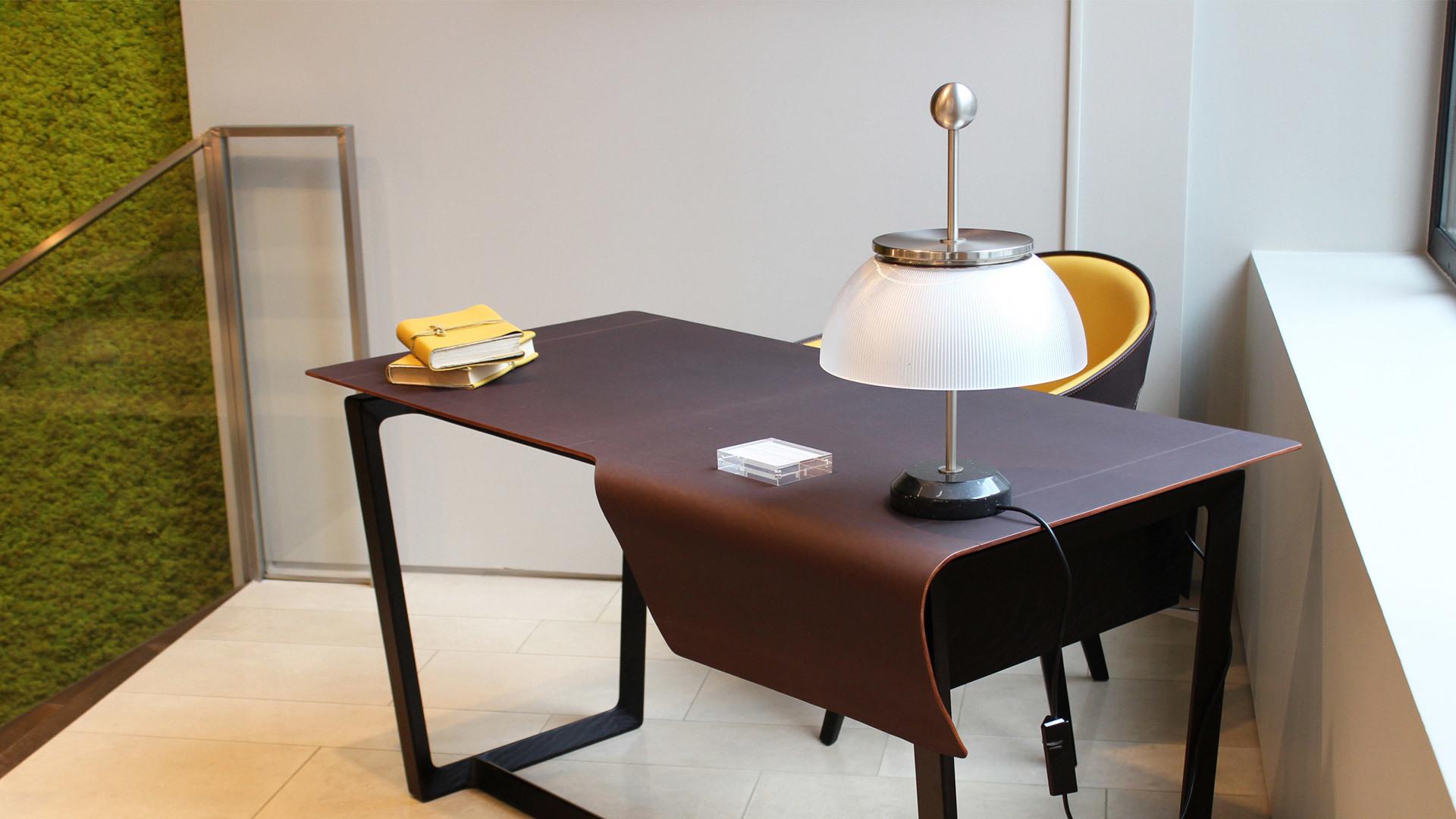 Artemide Alfa 0026010A lampă de masă