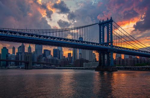 Fototapet New York, apus, zgârie-nori, podul Brooklyn, oraș, soare, colorat