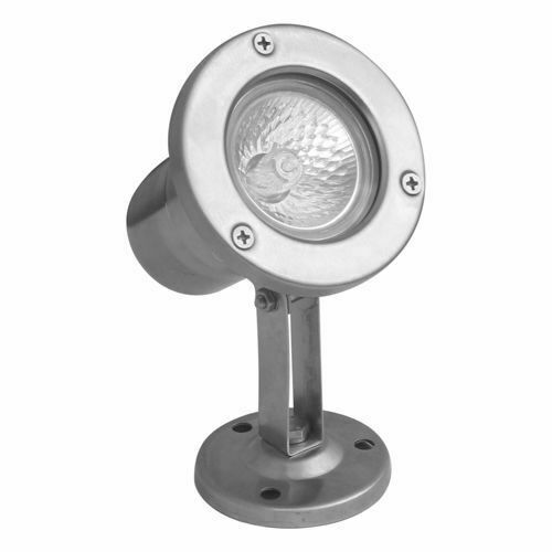Lampa Emy 7062 poate fi instalată sub apă