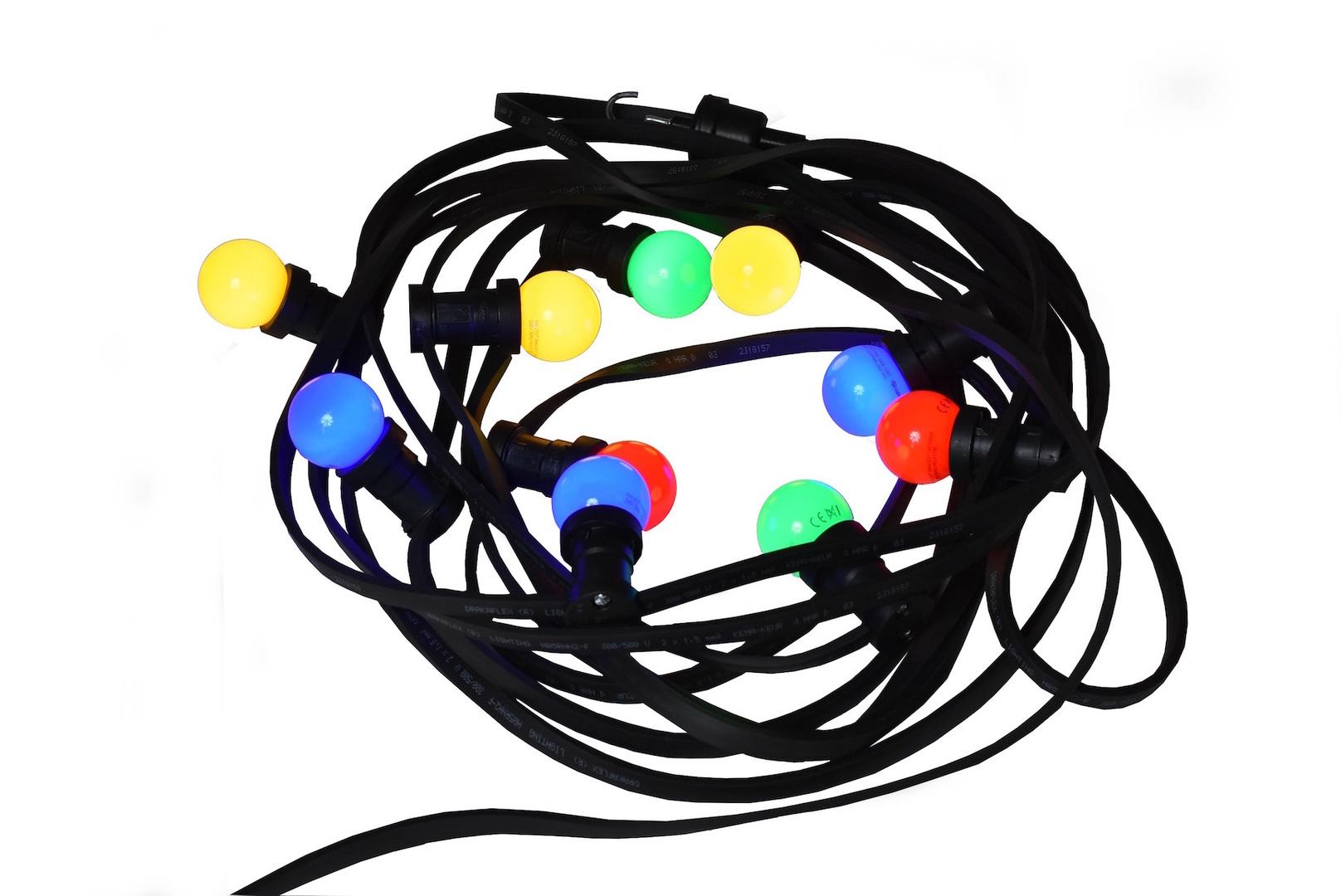 String Light pentru terasa restaurantului - 20m cu 20 becuri LED multicolore