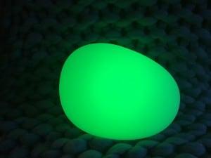 Lampa solară - Sferă aplatizată ouă de piatră LED RGB colorat small 1
