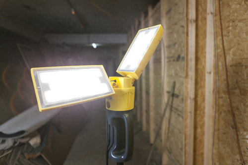 Lampa cu leduri exterioare pe un suport reglabil Lutec PERI