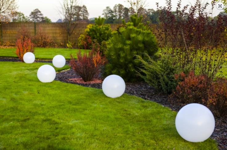 Bilă solară Flexi Ball Solar cu un diametru de 40 cm cu telecomandă