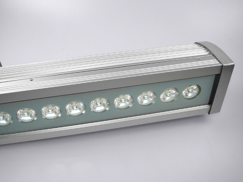 Corp de iluminat liniar exterior Aland 4500K 18W IP44